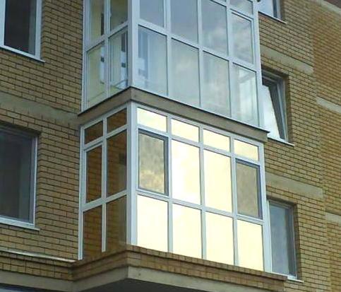 Французькі балкони в багатоквартирному будинку